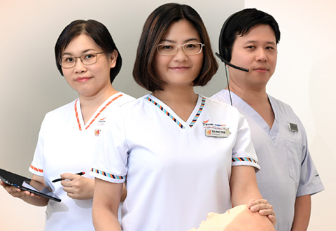 During simulation training sessions in their work spaces, Hwee Yuan's special ability is in creating a safe