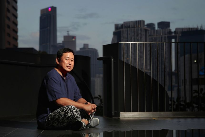 ​Construction engineer Alvin Pang was devastated when he found out that his colon cancer had spread to his peritoneum in September 2019.ST PHOTO GIN TAY