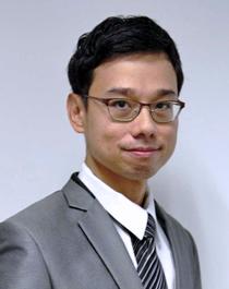 Dr Leong Sum