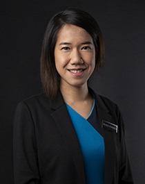 Dr Angela Renayanti Dharmawan
