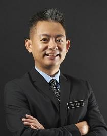 Dr Ng Tong Yong