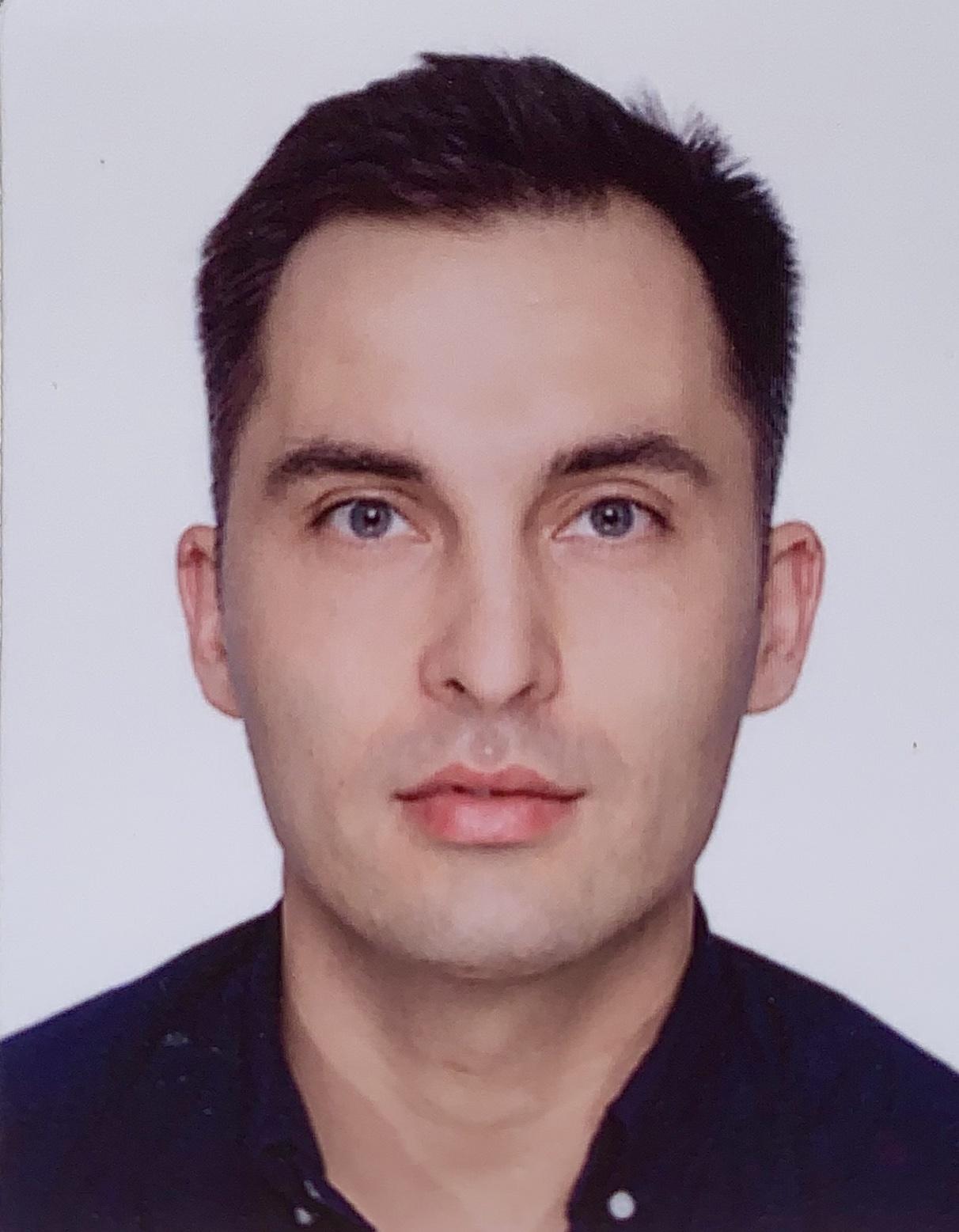 Dr Szymon Andrzej Mikulski
